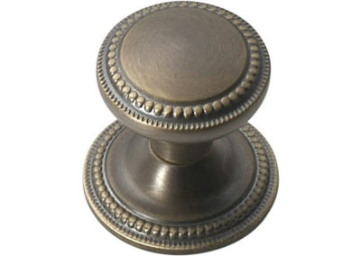 MAB - Medium Antique Brass Waxed