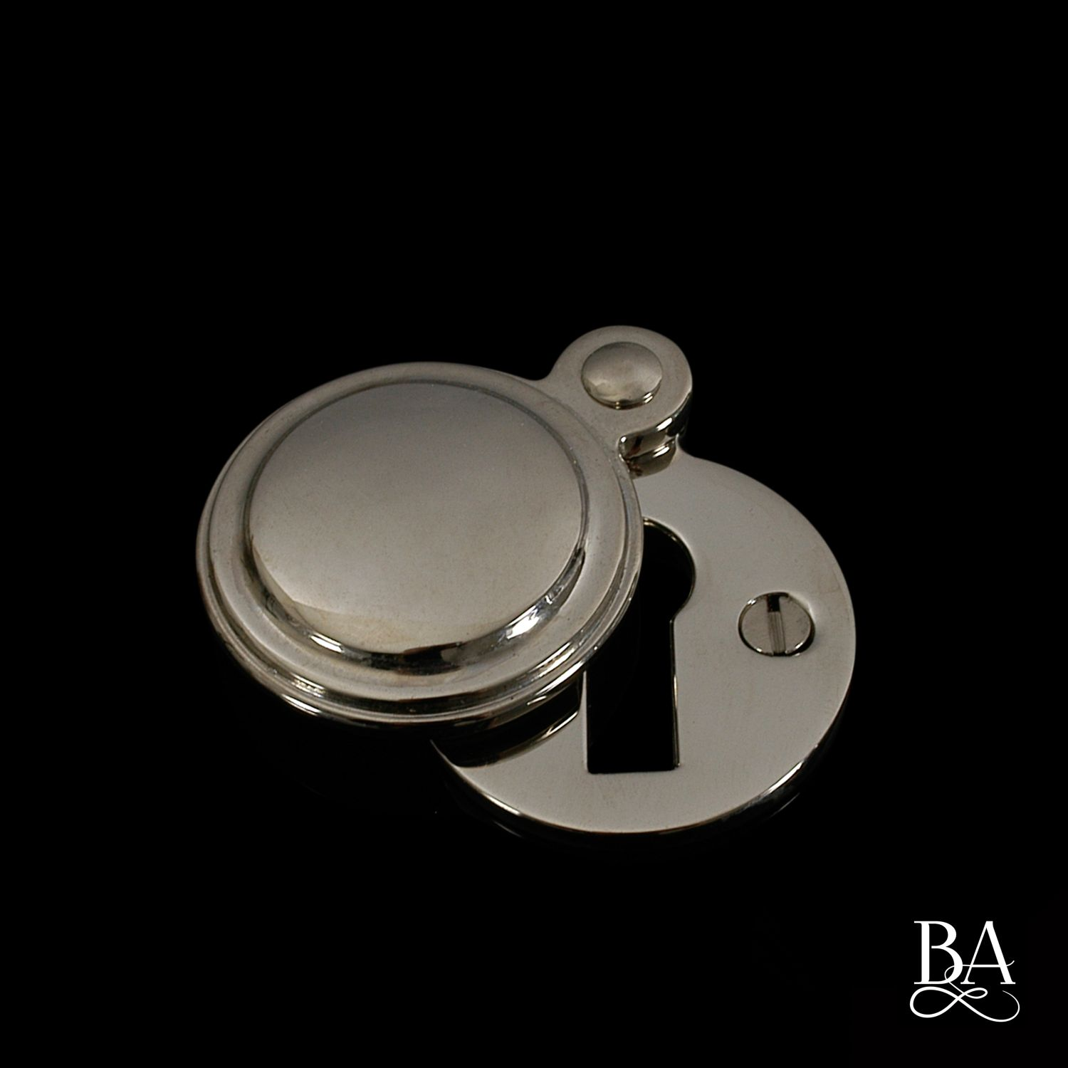 Constable Round Closed Escutcheon